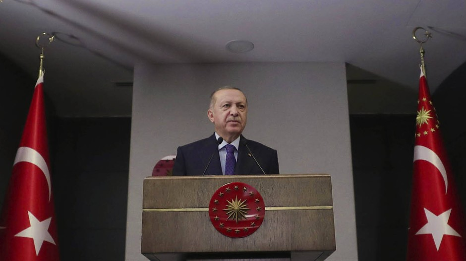 Der türkische Präsident Recep Tayyip Erdogan tritt nach einer Kabinettssitzung am vergangenen Donnerstag vor die Kameras.