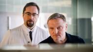 Biochemie für Fortgeschrittene: Börne (Jan Josef Liefers) und Thiel (Axel Prahl) ermitteln im Mediziner-Milieu.