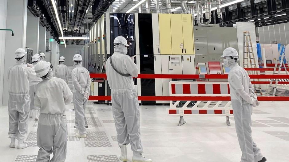 Infineon hat gerade ein neues Werk im österreichischen Villach eröffnet.
