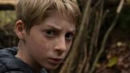 Ein Unwetter verwischt die Spuren seiner Tat: Antoine (Jeremy Senez) hat ein bedrückendes Geheimnis.