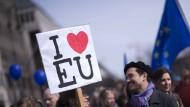 An den Demokratiedefiziten der Europäischen Union scheiden sich die Geister.