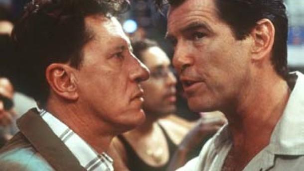"""""""Der Schneider von Panama"""" - 007 flirtet mit seinem Image"""