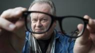 Mit Hornbrille sieht man besser: Kunze hat den Blues und den Durchblick.