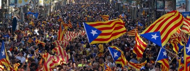 Katalanischer Nationaltag: Am 11. September zogen Hunderttausende Katalanen mit Flaggen durch Barcelona.