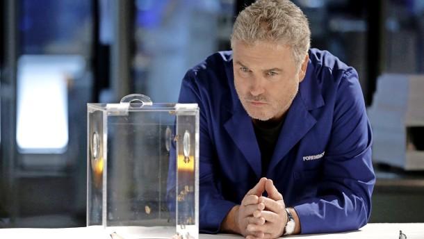 Im Labor brennt wieder Licht