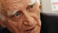 Bei ihm ist es keine Freiheit des Alters, sondern eine lange schon eingeübte: Michel Serres