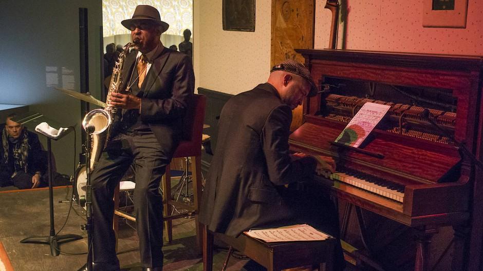Mama Rose sei Dank: Archie Shepp am Saxophon, sein musikalischer Erbe Jason Moran am Klavier.