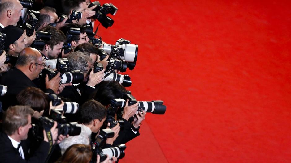 Der übliche Rummel ist unter den gegenwärtigen Umständen undenkbar: Fotografen am roten Teppich von Cannes.