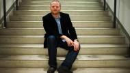 Mit Leichter Sprache erreicht man ein Publikum, das man sonst nie erreicht hätte, sagt Schriftsteller Kristof Magnusson.
