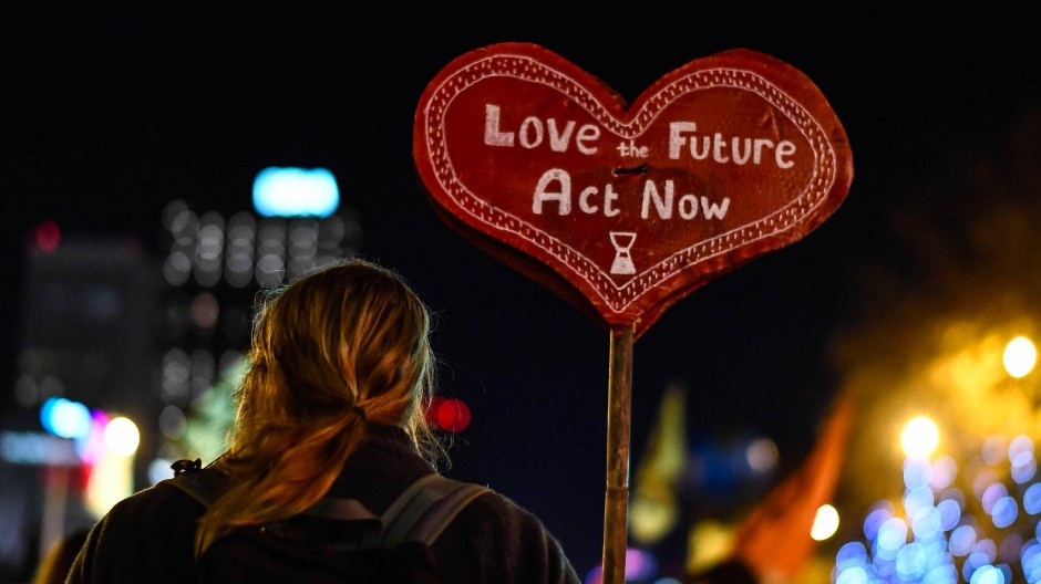 Abwarten jedenfalls zeugt nicht von Zukunftsliebe: Schild auf einer Demonstration zum Klimagipfel in Madrid