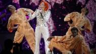 Lady Gaga erinnert mit Auftritt an David Bowie