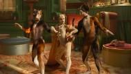 Irgendwas stimmt mit den Katzen nicht: Naoimh Morgan als Rumpleteazer, Francesca Hayward als Victoria und Danny Collins als Mungojerrie