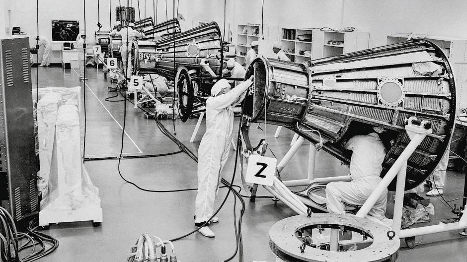 Vorbereitungen für das Project Mercury, dem ersten amerikanischen Raumfahrtprogramm 1950 bis 1963.
