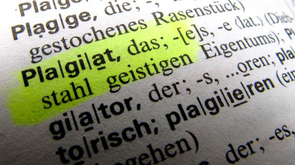 """Die Bestimmung von Plagiaten aus """"Zwischenquellen"""" ist jetzt gerichtlich präzisiert worden"""
