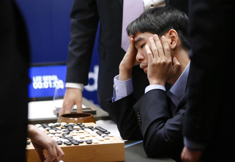 Der Go-Meister, der gegen eine Maschine verlor: Zwischen Googles AlphaGo-Bot und Lee Sedol steht es nun 4:1.