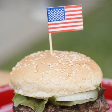 Im Gegensatz zum Hamburger ist der Nothing Burger mit leerem Geschwätz gefüllt – sozusagen ein Humbuger.