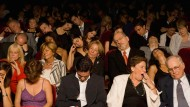 """Das Publikum der Zukunft, vom deutschen Theater derart oft mit """"Projekten"""" dort abgeholt, wo es sowieso gerade ist, dass es auch gleich einschlafen kann."""