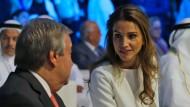 Jordaniens Königin Rania auf einer Konferenz in den Vereinigten Arabischen Emiraten.