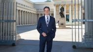 Bilanziert ein Jahr Westküste: Max Hollein vor der Legion of Honor