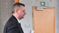 Wohin jetzt? Reinhard Grindel nach Bekanntgabe seines Rücktritts Anfang April in Frankfurt