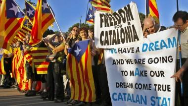 Demonstrieren für die Unabhängigkeit: Auch die Katalanen fordern ein Referendum.