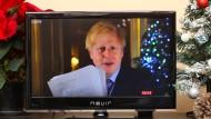 Last christmas I gave you my heart: 2019 parodierte er einen bekannten Liebesfilm, diesmal schenkte Boris Johnson den Briten einen Deal voller Fisch.