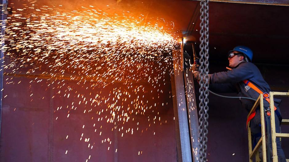 Wichtigste Branchen des verarbeitenden Gewerbes wie die Metallindustrie durchlaufen zur Zeit eine Konjunkturflaute.