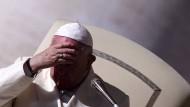 Papst Franziskus Anfang Dezember bei einer Generalaudienz auf dem Petersplatz