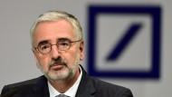 Paul Achleitner, Aufsichtsratschef der Deutschen Bank, hat am Donnerstag eine anstrengende Hauptversammlung zu überstehen.