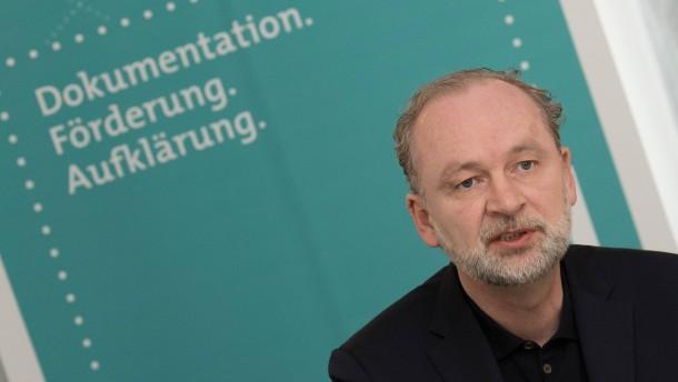 Von Schirach stellt Studie über NS-Raubkunst in seiner Familie vor