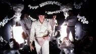 """Dank """"Ludwig van"""" in Prügellaune: Alex und Droogs in Stanley Kubricks Klassiker """"A Clockwork Orange""""."""