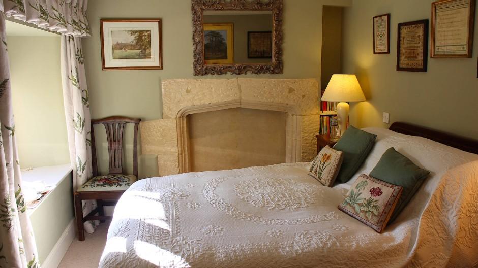 Das Clapton Manor ist ein winziges Bed and Breakfast mit nur zwei Gästezimmern – dem Windrush Room, benannt nach dem benachbarten Flüsschen Windrush, und dem Gartenzimmer.