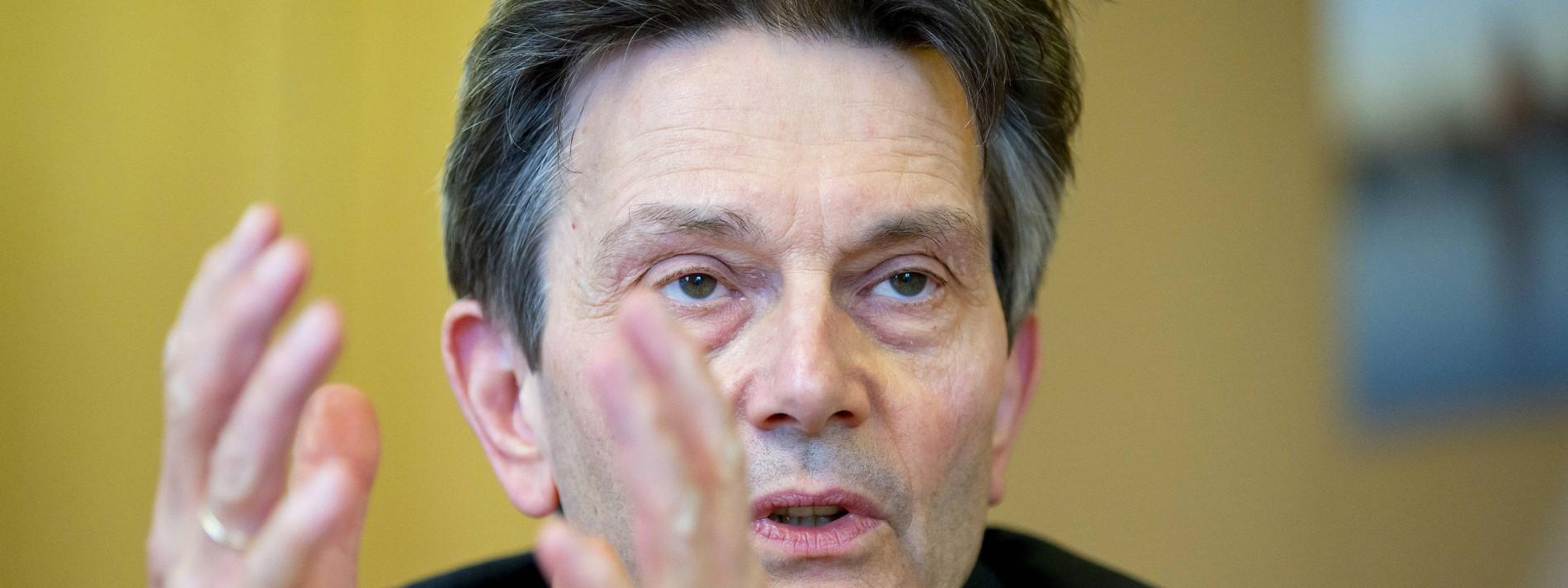 Uni Bremen prüft Mützenichs Doktorarbeit
