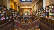 Dass Portugal schöne Buchhandlungen hat, hat sich herumgesprochen. Doch Bücher aus dem Portugiesischen schaffen es nur selten auf den deutschen Markt.