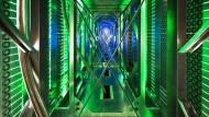 Inside Google: Wer hier seine Daten lagert, präsentiert sie der NSA auf dem Silbertablett.
