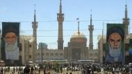 Eine militante Religion? Iranische Gläubige gedenken des Todes von Ajatollah Chomeini.