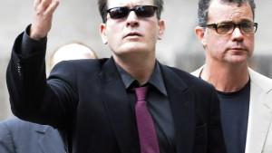 Charlie Sheen von Warner Brothers gefeuert