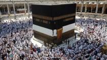 Die heiligste Zeit des Jahres: Millionen Muslime pilgern nach Mekka, doch der Weg dahin gestaltet sich immer schwieriger