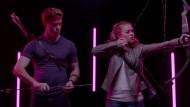 """Liebesgötter bereiten sich vor: Szene aus einem Trailer für die Serie """"Cupid's Match"""" bei CW Seed"""