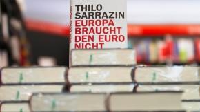 """Sarrazins Buch """"Europa braucht den Euro nicht"""" im Handel erhaeltlich"""