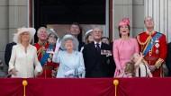 """Die königliche Familie bei """"Trooping the Colour"""" im Juni 2017"""