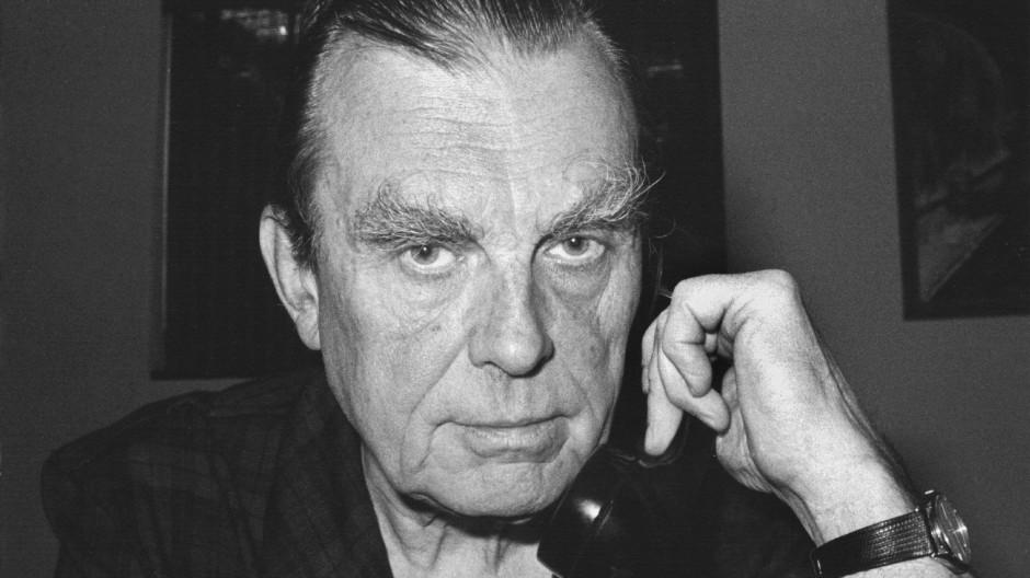 """Thomas Huber liest """"Aus dem Fenster"""" von Czeslaw Milosz"""