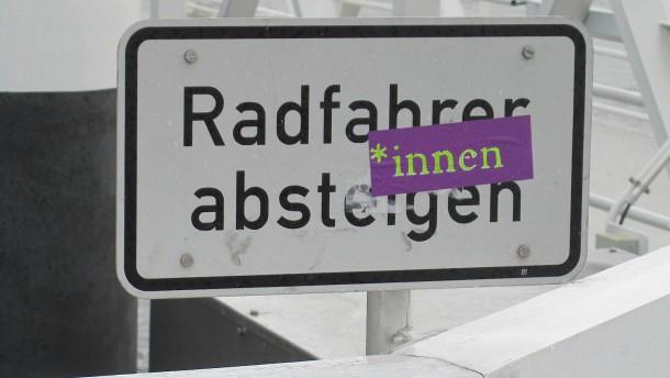 Die Ersatzreligion der sprachlichen Anbiederung