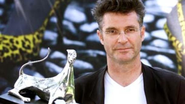 "Locarno: Silberner Leopard für Peter Sehrs Film ""love the hard way"""