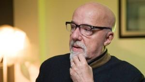 Autor Paulo Coelho bittet Franzosen um Entschuldigung