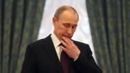 """""""Wenn ich so ziehe, kann er dies erwidern, dann mache ich das, aber dann kommt vielleicht dies..."""": In politischen Analysen wird Putins Handeln oft mit einem Schachspiel verglichen."""