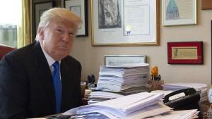 Trumps seltsam unaufgeräumtes Büro