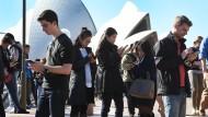 Bin da, kommt ihr auch? Rudelspielen in Sydney kurz nach dem Launch der App in Australien. In Deutschland herrschen mittlerweile ähnliche Zustände.