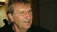 Hans Arnfrid Astel: Hand in Hand