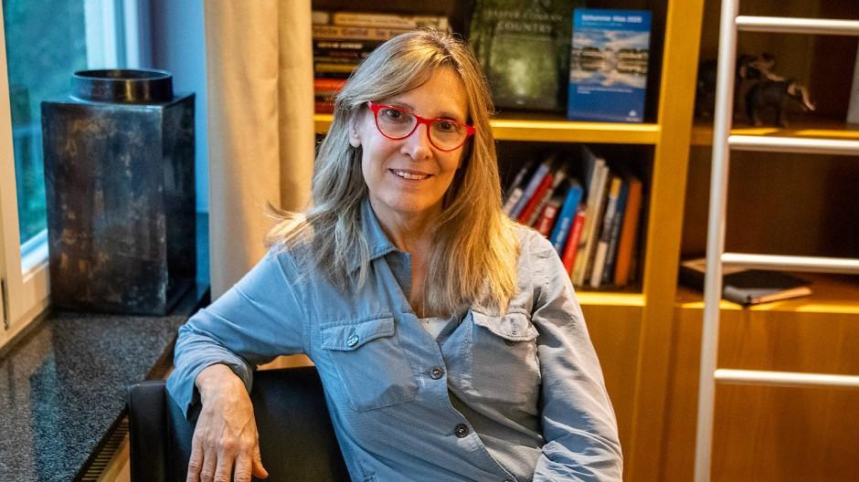 Die Schriftstellerin und Juristin, Mercedes Rosende aus Uruguay während eines Interview im Frankfurter Hotel Orange.